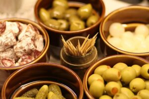 Queen Olives – Feta stuffed in oil